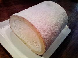 Kihachi-role cake.jpg